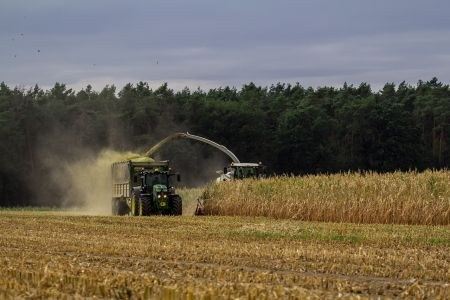 farmer-4666598_1280.jpg